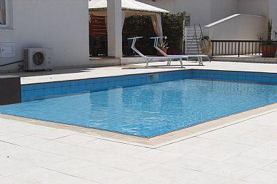 Extra-large pool - Beautiful detached 4 bed villa with large pool - Protaras - rentals