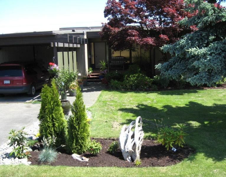 House Entry - Hidden Harbour Lighthouse Suite - Campbell River - rentals