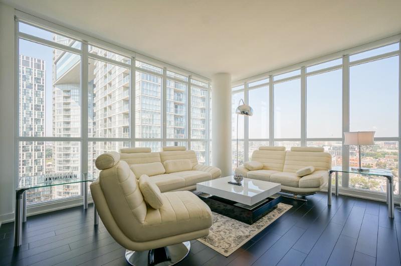 WOW LUXURY PENTHOUSE SUITE - Image 1 - Toronto - rentals