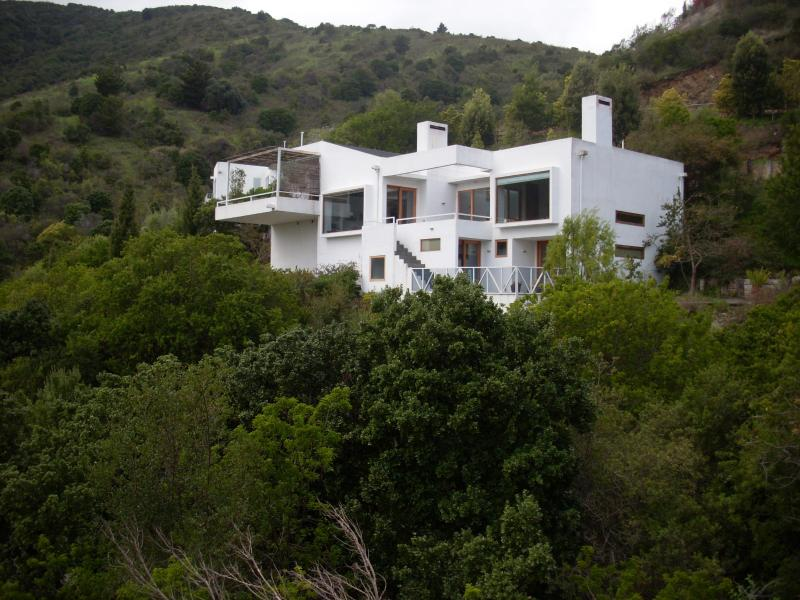 very private and surrounded by forest and ocean - Wonderful House in Zapallar Chile - Zapallar - rentals