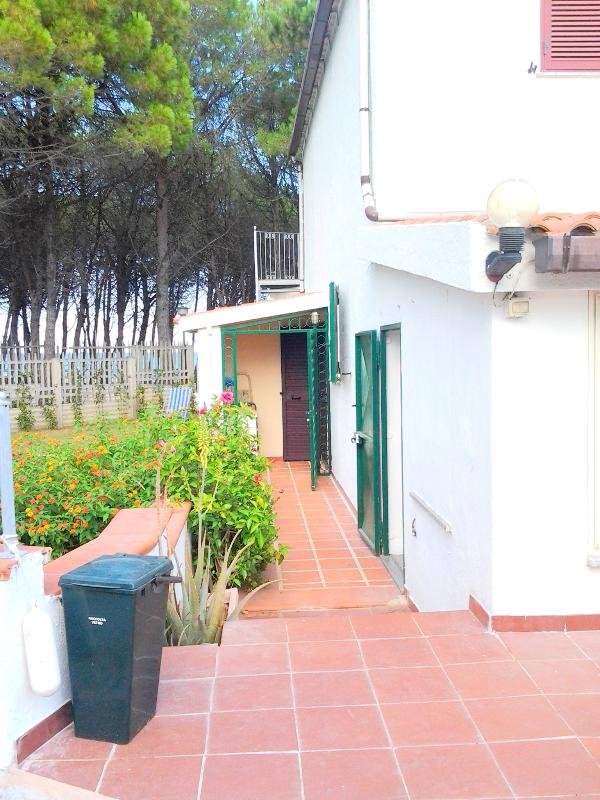 Main Entrance - UNBELIEVABLE!  DIRECT ACCESS TO THE BEACH! - La Caletta - rentals