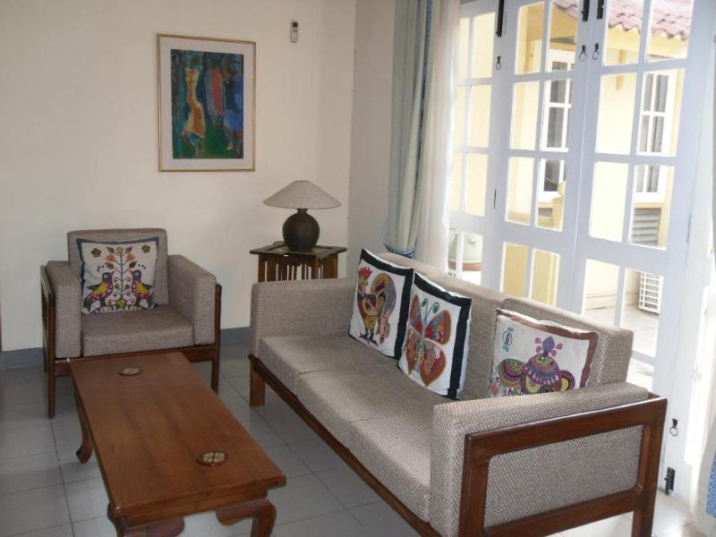 Sitting Room - Flat4rent in Colombo 7, Sri Lanka - Colombo - rentals