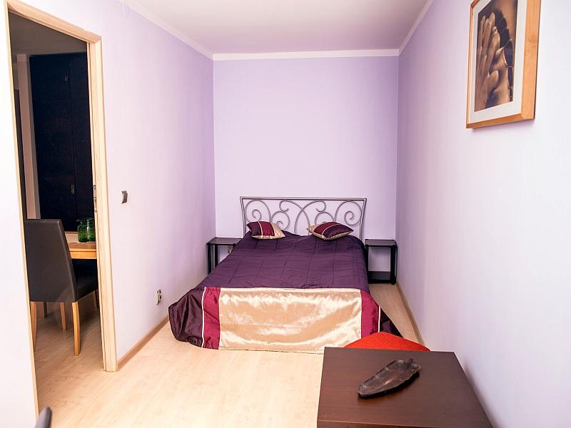 The main bedroom - Little Street 1 bdr apartment 5min to Main Square - Krakow - rentals