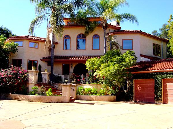 Front View of Villa - Vista del Lago-A Lake View Estate-Ojai, Ca - Oak View - rentals