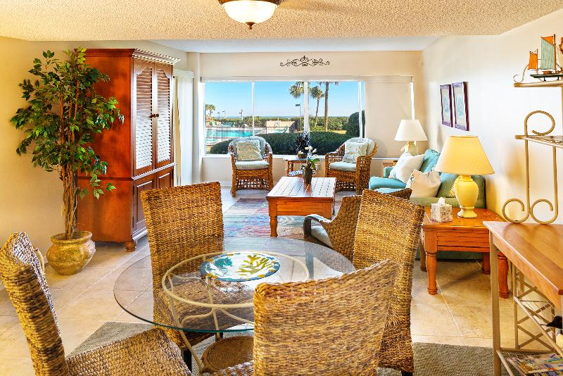 Lounge - Surf & Racquet Club Unit A116 Oceanfront - Fernandina Beach - rentals