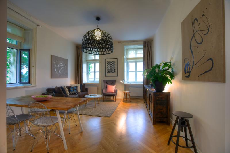One-Bedroom Stylish Apartment - One-Bedroom Stylish Apartment - Prague - rentals