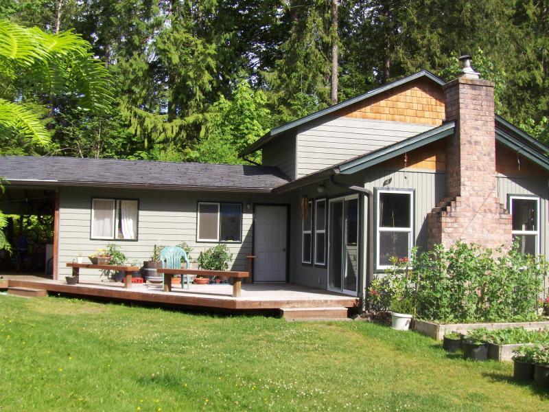 Sunny decks to lounge around. - Glacier Getaway - Glacier - rentals
