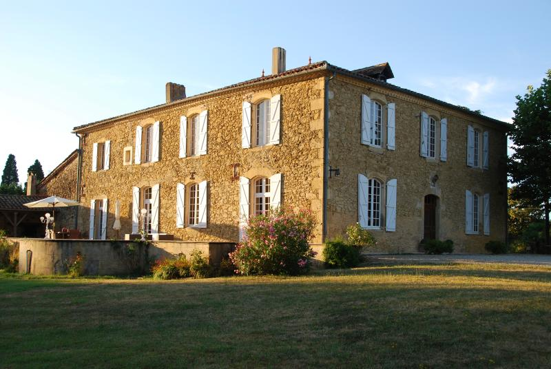 The House - Armagnac : Superb Maison de Maitre, Gascony - Aignan - rentals