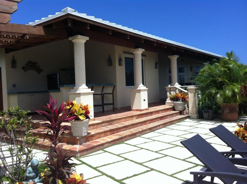 Sandcastle Casitas - BEACH, POOL, OCEAN VIEWS NEXT TO W RETREAT & SPA - Isla de Vieques - rentals