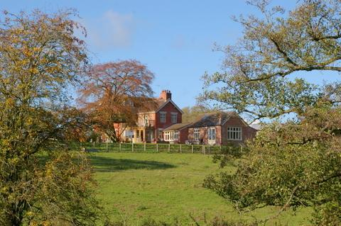 Stunning Cheshire Interior Designed Farmhouse - Heald Country House - Whitchurch - rentals