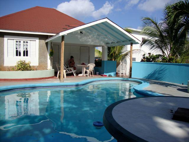 guest house and pool - Rose Garden Pool & Villa; Portland Parish - Long Bay - rentals