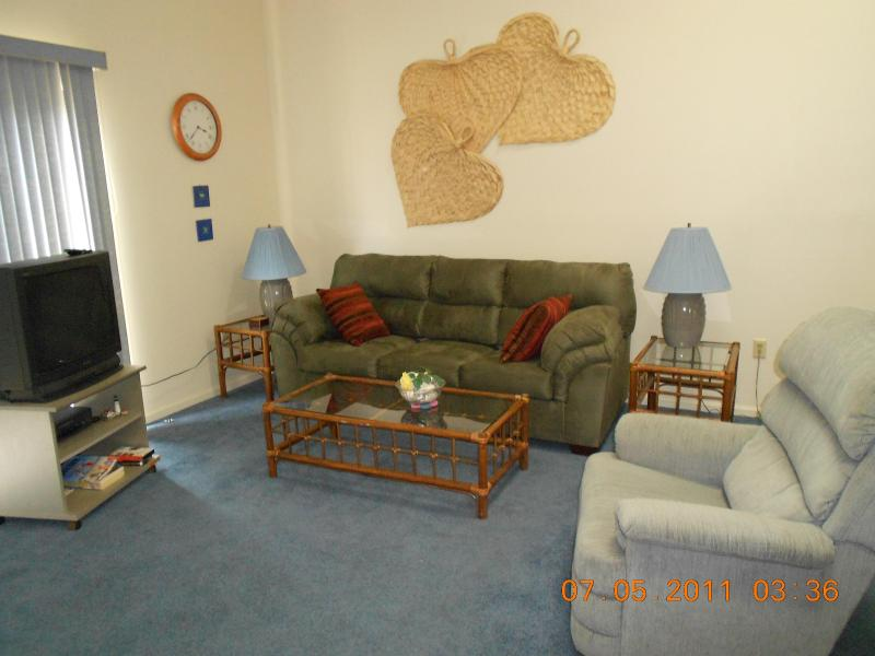Living Area - Diamond Bay Condominium - Ocean City - rentals