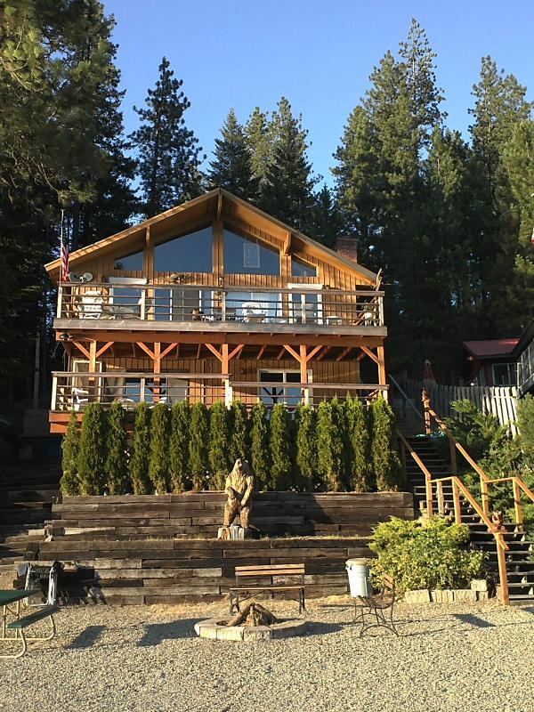 Twin Lakes Bear Lodge 2BA/Sleeps 12 - Image 1 - Rathdrum - rentals