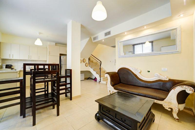 Deluxe 2br large terrace 4 rent cheap - Rothschild - Image 1 - Tel Aviv - rentals