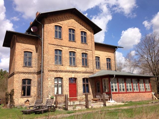 Charming Countryside Train Station, 1. Floor - Image 1 - Schwarz - rentals