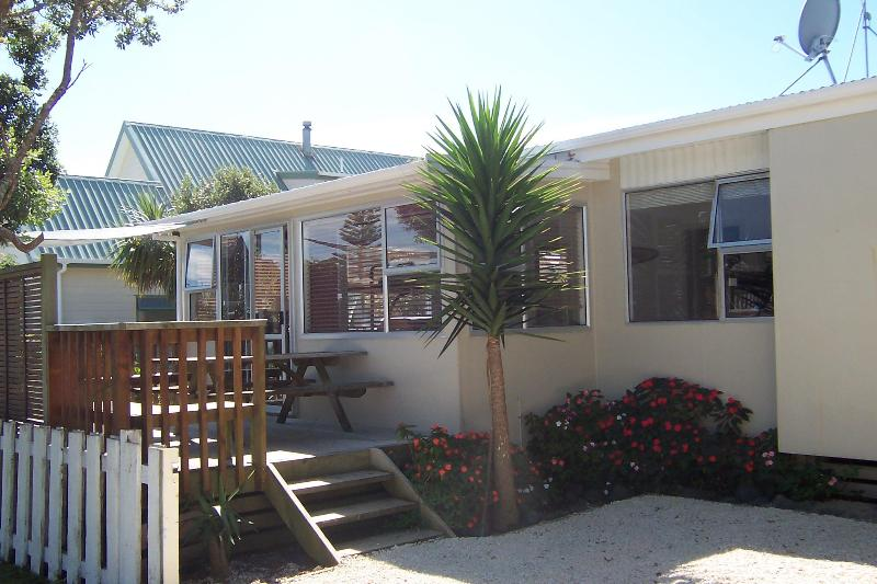 Kiwiana Cottage - Kiwiana Cottage with a beachy decor - Waihi Beach - Bay of Plenty - rentals