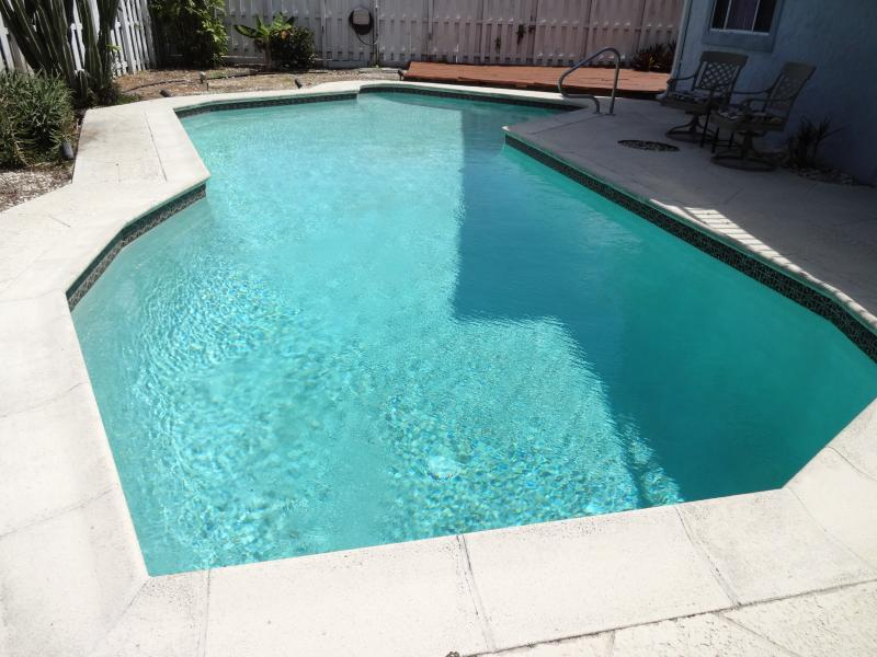 $299-499/NT- Tropical 5 Bedrm Htd Pool Pompano  Be - Image 1 - Pompano Beach - rentals
