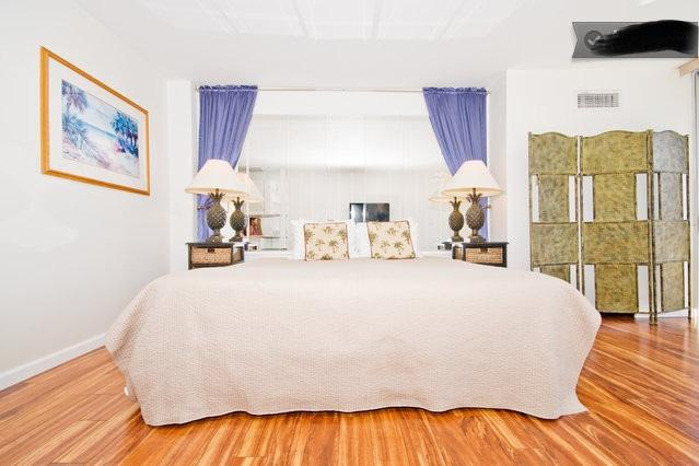 King bed - Beach Front Ilikai Marina - Honolulu - rentals