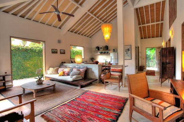 Antique furnishings in living area - Cozy 2 Bedroom Villa Close to Beach - Bali - rentals