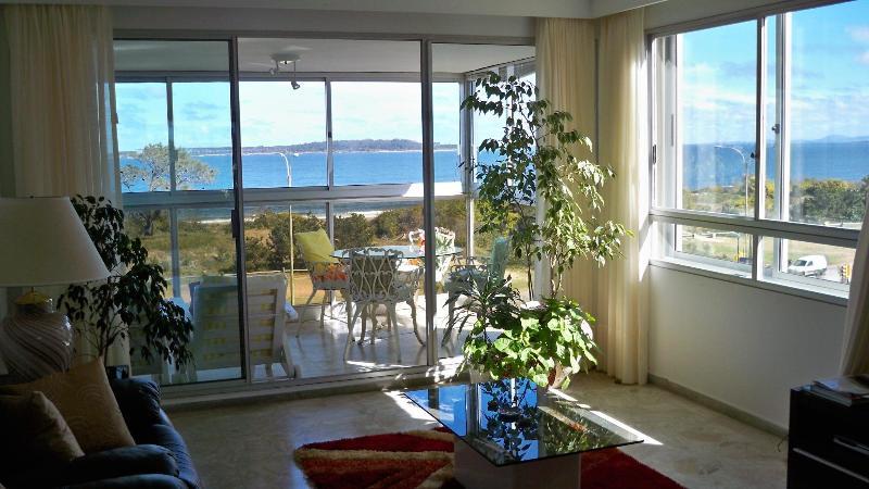 Living room and Balcony - South America's Montecarlo -Punta del Este-Uruguay - Punta del Este - rentals