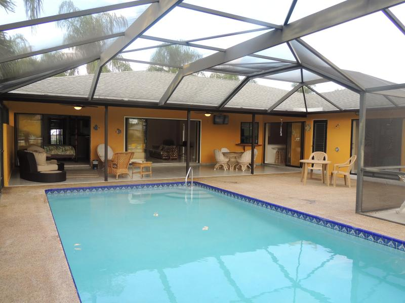 OPEN!! Southern Exposure Pool Home in SW Cape Cora - Image 1 - Cape Coral - rentals