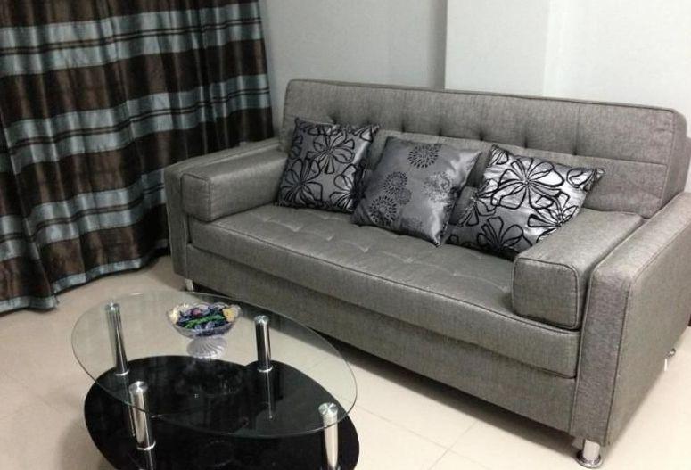 Living Room - Stylish Vacation Condo 1BR Near Makati & Airport - Philippines - rentals