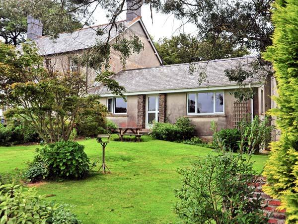 ORCHARD END, attached to owner's farmhouse, fishing nearby, woodburner, in Launceston, Ref 28449 - Image 1 - Launceston - rentals