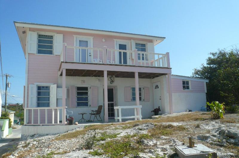 Culmer Cottage facing the sea - Experience the REAL Bahamas - Tarpum Bay - rentals