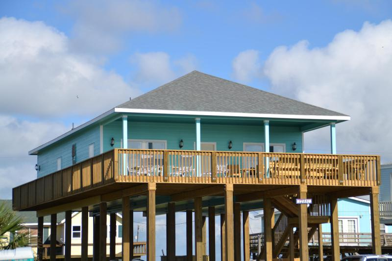 Great Views, Half Covered Deck - Great Ocean Views, Large Deck, Open Spacious House - Freeport - rentals