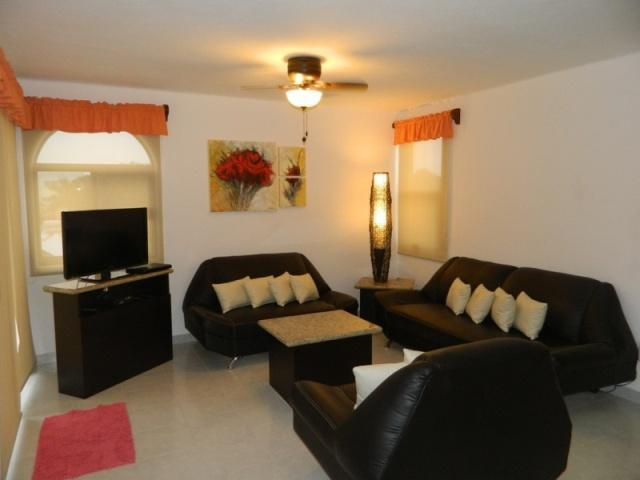 perfectly located, 2 Bedrooms - Image 1 - Playa del Carmen - rentals