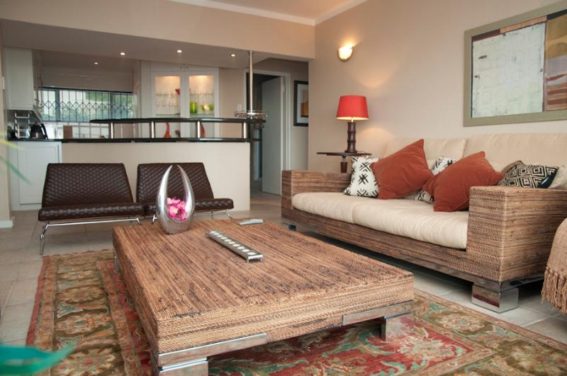 Sunset Hill Apartment, Camps Bay - Image 1 - Cape Town - rentals