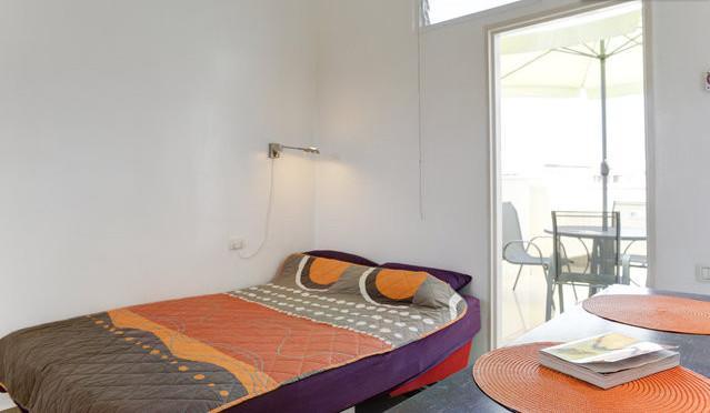 Bed - Penthouse Tel Aviv Shuk HaCarmel w/ TV & BBQ - Tel Aviv - rentals
