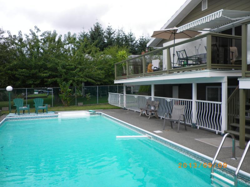 Swimming pool - Departure Bay, Nanaimo BC (Vancouver Island) - Nanaimo - rentals