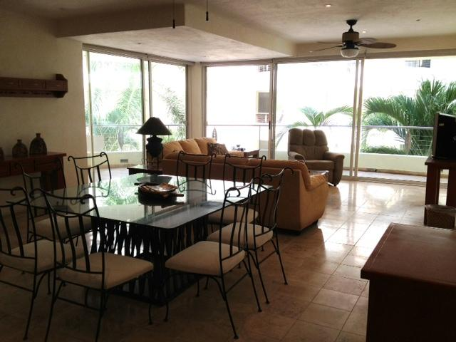 Spacious living room - Wonderful location in the heart of Nuevo Vallarta! - Nuevo Vallarta - rentals