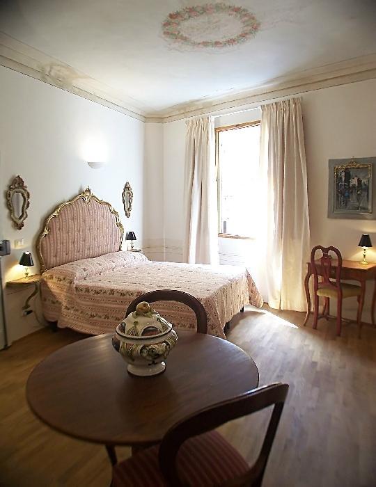 Apartment San Lorenzo 2 apartment in Florence, flat rental Florence, Italy, Italian apartments - Image 1 - Florence - rentals