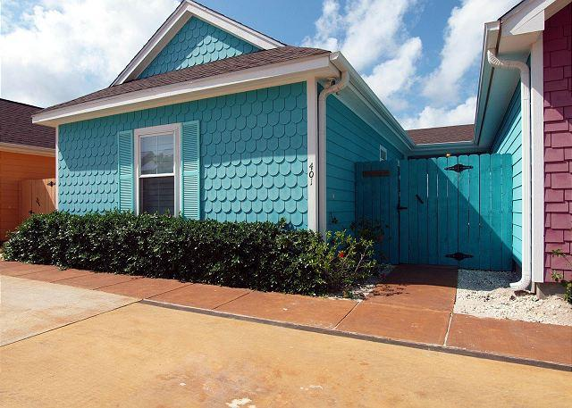 Entry to unit - Beautiful Key West Style 2/2 Cabana in a Great Location! - Corpus Christi - rentals