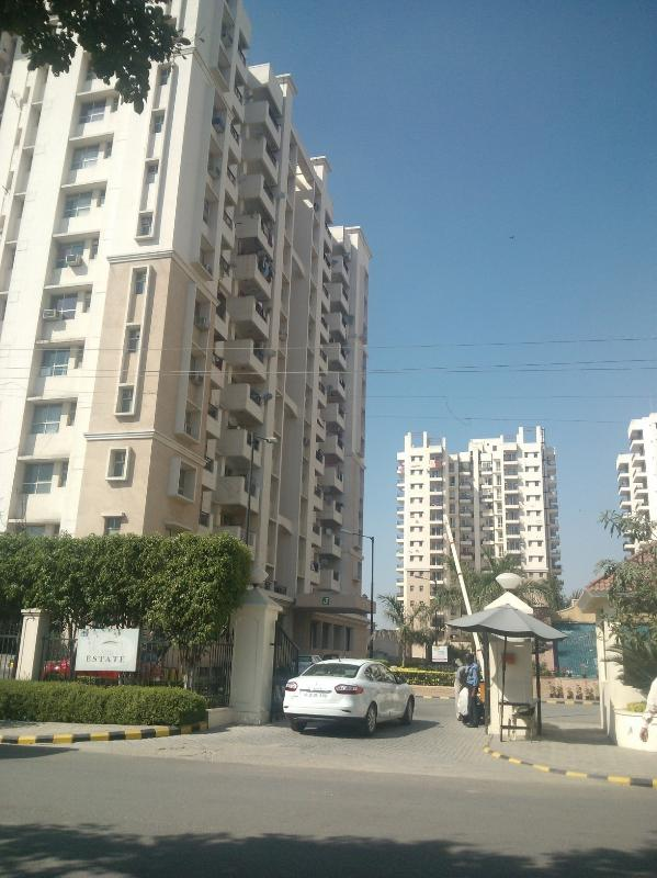 Entrance to the complex - Accommodation available at millennium city-Gurgaon, when you visit and wish to stay in National Capital Region (NCR) - Gurgaon - rentals