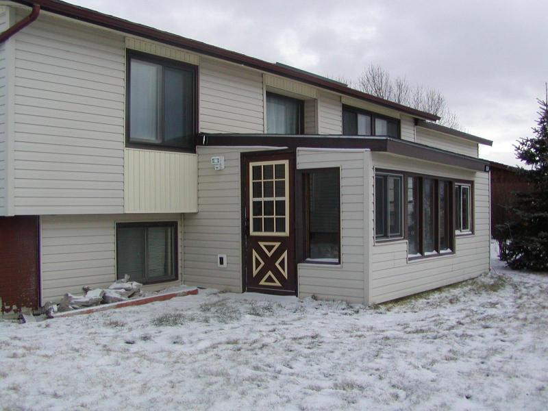Front of the House- Winter - Large 3/2 House on the way to Yellowstone - Livingston - rentals