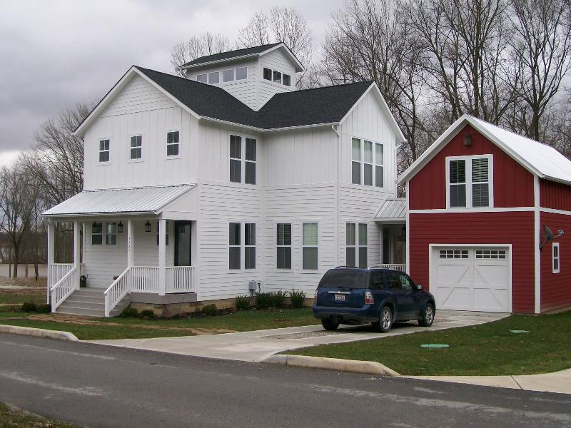 Indiana Lakehouse between state parks - Image 1 - Waveland - rentals