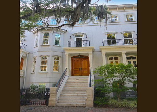 Stunning Parkview Mansion - Image 1 - Savannah - rentals