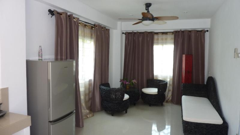 Living room - 1 bedroom Sea View Condo Special Price : May-June - Koh Samui - rentals