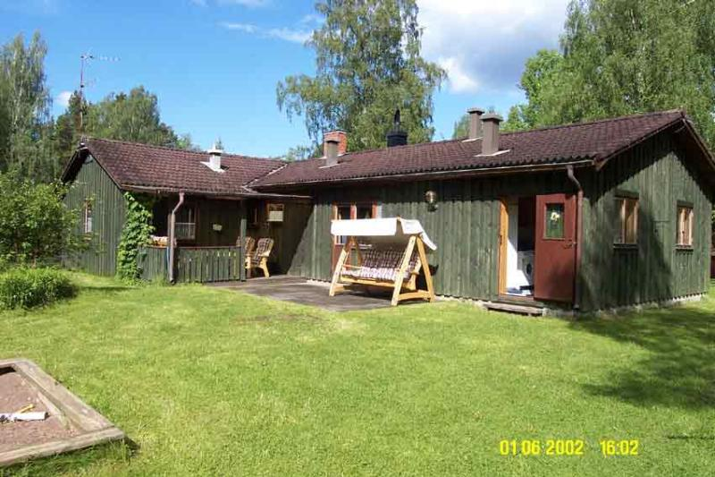 House in the Swedish woods surrounded by many lake - Image 1 - Sweden - rentals