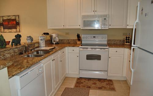 Fully Equipped Kitchen area - 2 Bedroom Rental at Grande Villas, near heart of Myrtle Beach - Myrtle Beach - rentals
