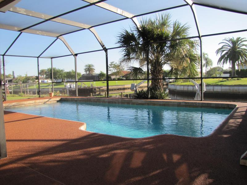 Heated Pool on Covered Lanai - Our Port Charlotte Home Offers A Reasonalbly Priced Vacation Rental and We Love Pets, So Bring Your Dog or Cat - Port Charlotte - rentals
