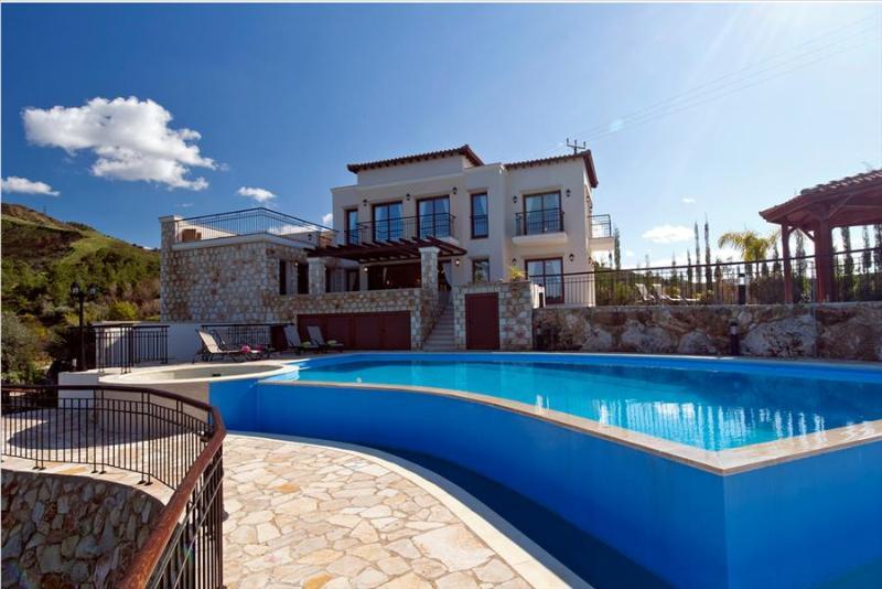 Villa Charno - Image 1 - Paphos - rentals