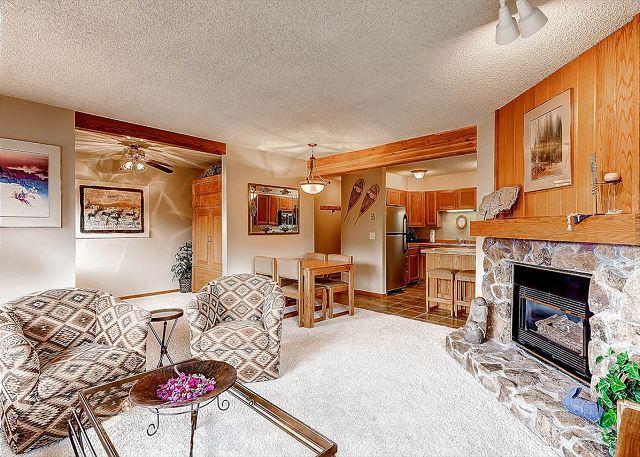 Woods Manor Living Room Breckenridge Lodging - Woods Manor 301A Condo Breckenridge Colorado Vacation Rental - Breckenridge - rentals