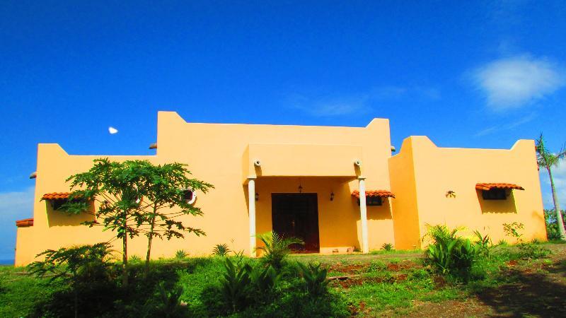 Bienvenidos! - Tranquil Villa: Ocean View & Private Pool by Beach - Rio Seco - rentals