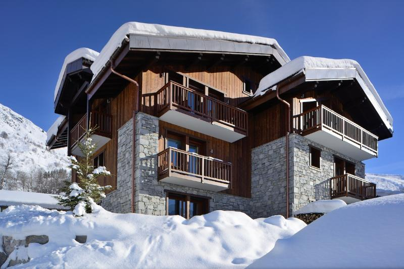 Designer Alpine Chalet with Magical Views - Chamois Lodge '1 of The Coolest Chalets' The Times - Saint-Martin-de-Belleville - rentals