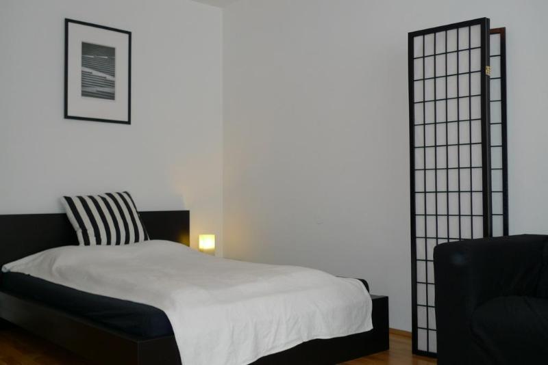 Apartment Boltzmanngasse - Image 1 - Vienna - rentals