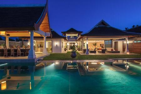 Beachfront Villa Wayu, ensuite bedrooms, gym, sauna room, media room and mineral infinity pool - Image 1 - Mae Nam - rentals